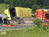 Autocar de la Palatul Copiilor implicat într-un accident. Patru morţi şi 22 răniţi