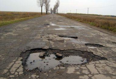 Drumuri reparate cu bani împrumutaţi