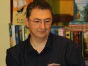"""Tinerii jurnalişti desemnează """"scriitorul lunii"""""""