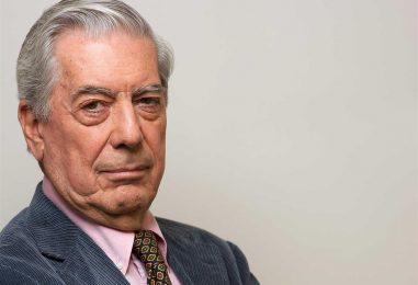 Scriitorul Mario Vargas Llosa împlinește 81 de ani