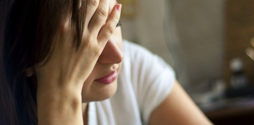 Tot mai multe femei ajung la psihiatru din cauza consumului de alcool
