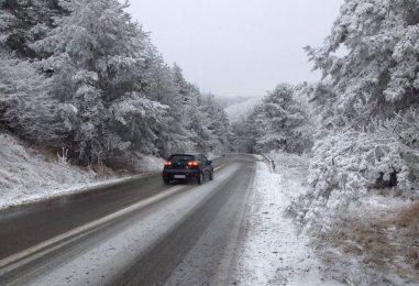Ninsori abundente în Moldova. Restricții de tonaj pe mai multe tronsoane de drumuri naționale