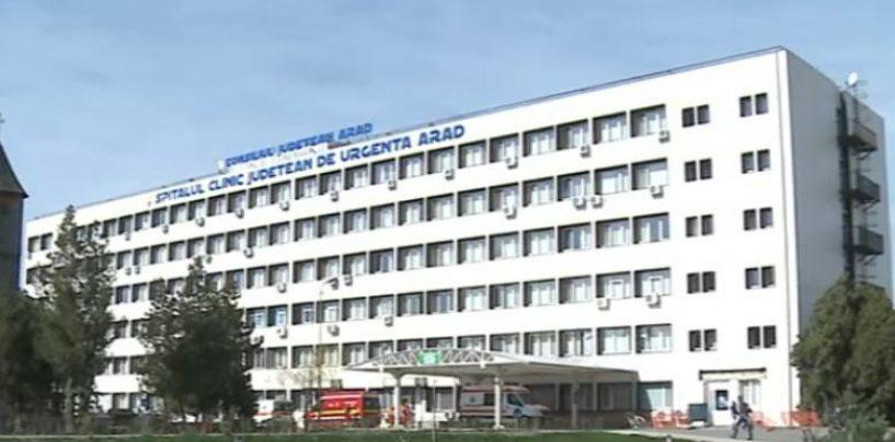 ARAD: CADRE MEDICALE DE LA SCJU ÎȘI CONFECȚIONEAZĂ ECHIPAMENTELE DE  PROTECȚIE